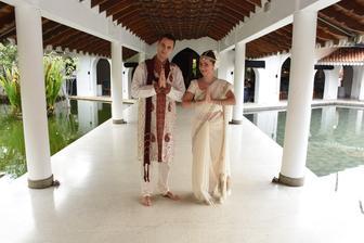 A takto sme oslavili nase 1. krasne vyrocie svadby... Na Sri Lanke :)