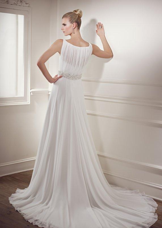 Výprodej svatebních šatů - Elianna Moore 1217, bílá barva, vel. 38, cena 4.000 Kč