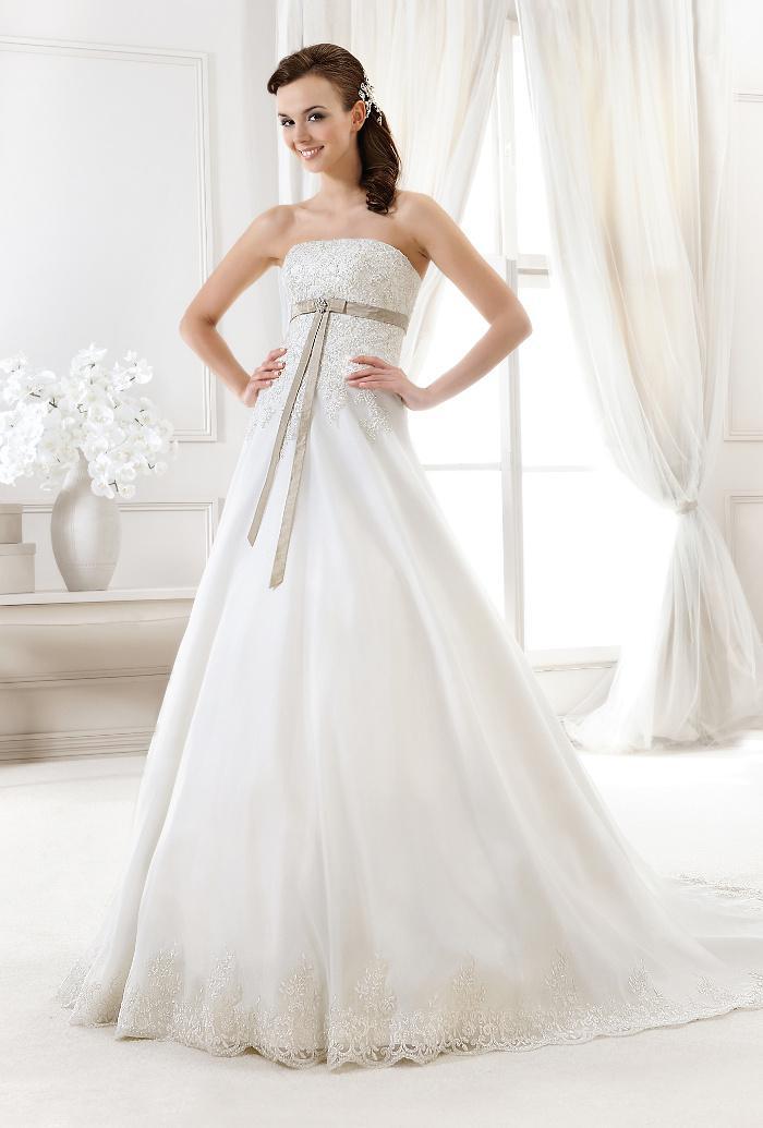 Výprodej svatebních šatů - Agnes 11651, ivory, vel. 40 - 42, cena 6.500 Kč