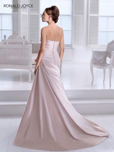 Výprodej svatebních šatů - Ronald Joyce 17615, bílá barva, vel. 36 - 40, cena 5.000 Kč