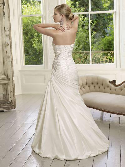 Výprodej svatebních šatů - Ronald Joyce 64015, barva bílá, vel. 34 - 36, cena 6.000 kč