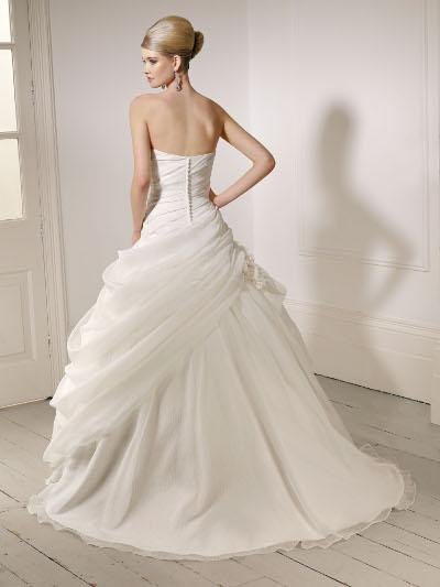 Výprodej svatebních šatů - Ronaly Joyce 64016, ivory, vel. 36 - 38, cena 6.000 Kč