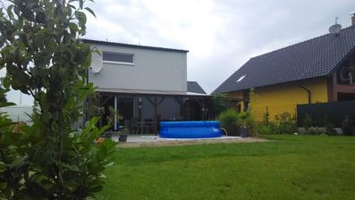 Konečně bazén, teď už jen to počasí :)