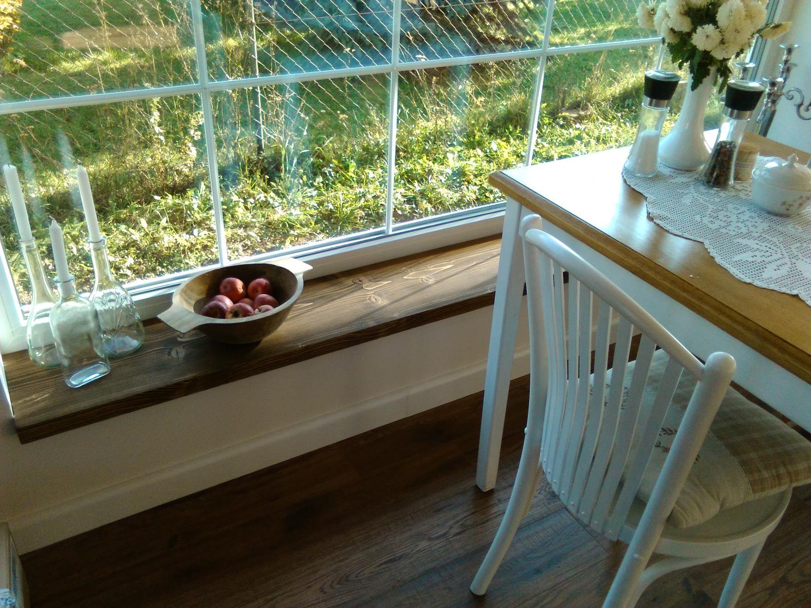 Náš nový domov-už bývame :-) - parapeta na jedalenskom okne hotová
