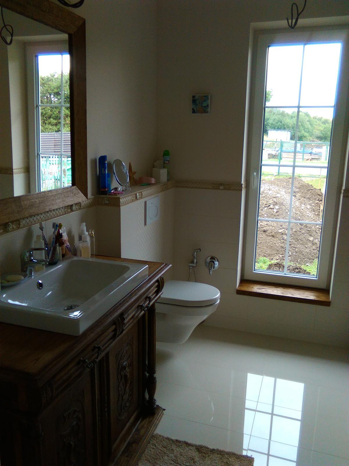 Náš nový domov-už bývame :-) - v kúpeľni už len svetlo a bodovky chýbajú