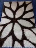 Kusový koberec,