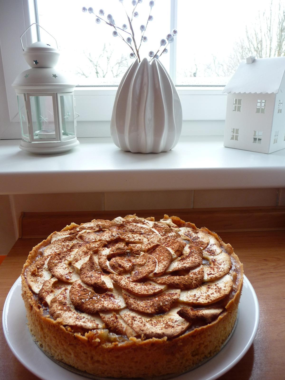 Z mého kuchařského deníku - jablečný koláč - inspirace od belly