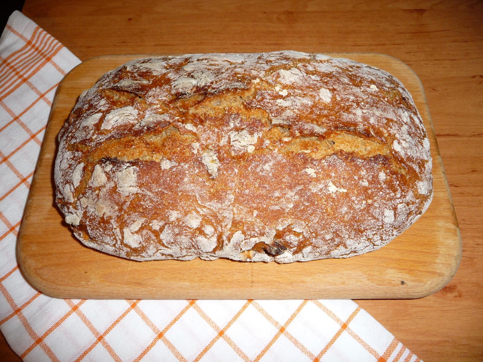 Z mého kuchařského deníku - pokus o první chleba..