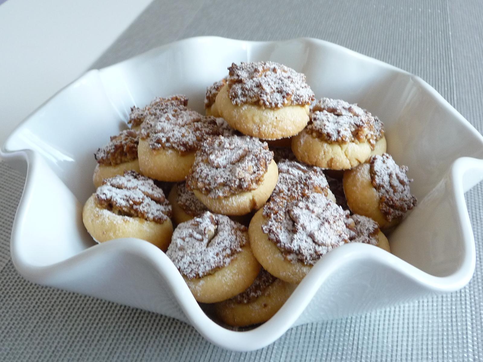 Z mého kuchařského deníku - Koláčky s ořechovou nádivkou