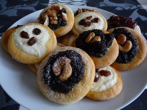 Nedělní pečení - kynuté koláčky