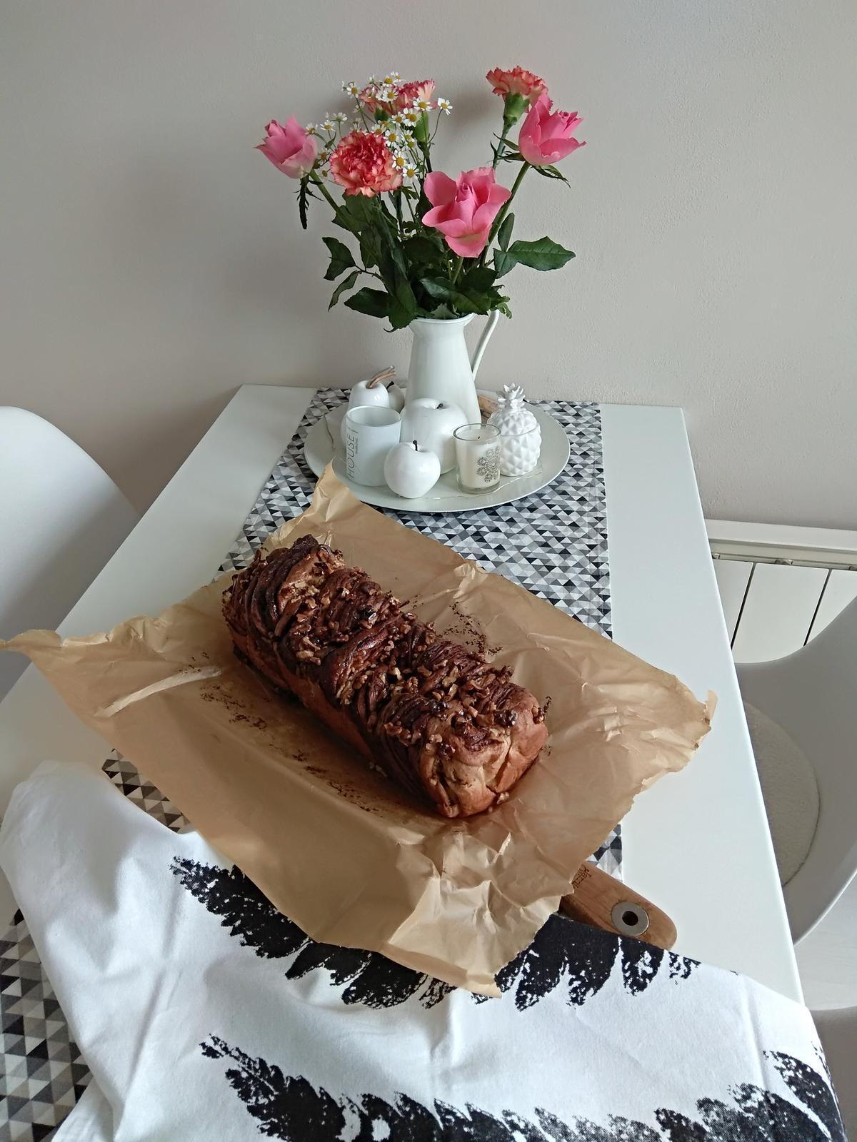 Z mého kuchařského deníku - Čokoládová kynuta babka