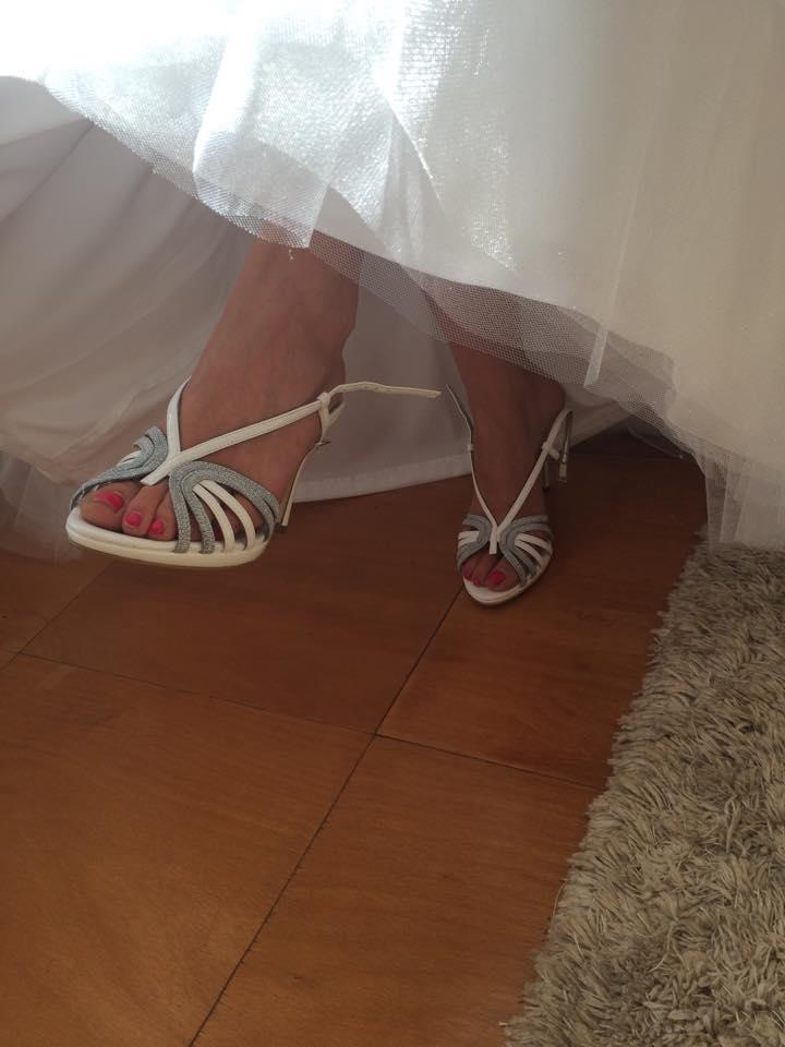 Svadba 26.09.2015 - Svadobne topanky som zhanala pol roka.. tie boli jedine schopne sandalky co som nasla.. 10cm opetok vyssi nemozem mat lebo zenich by bol mensi :-)