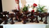 Drevene anticke vazy na kvetinovu vyzdobu,
