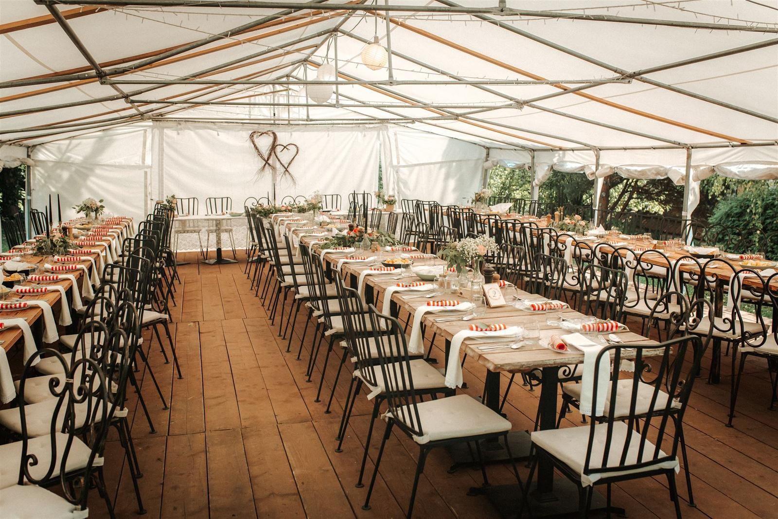 Krásna a romantická svadobná party v záhrade reštaurácie Bistra Dukát - Le Gout v srdci B. Bystrice. - Obrázok č. 1