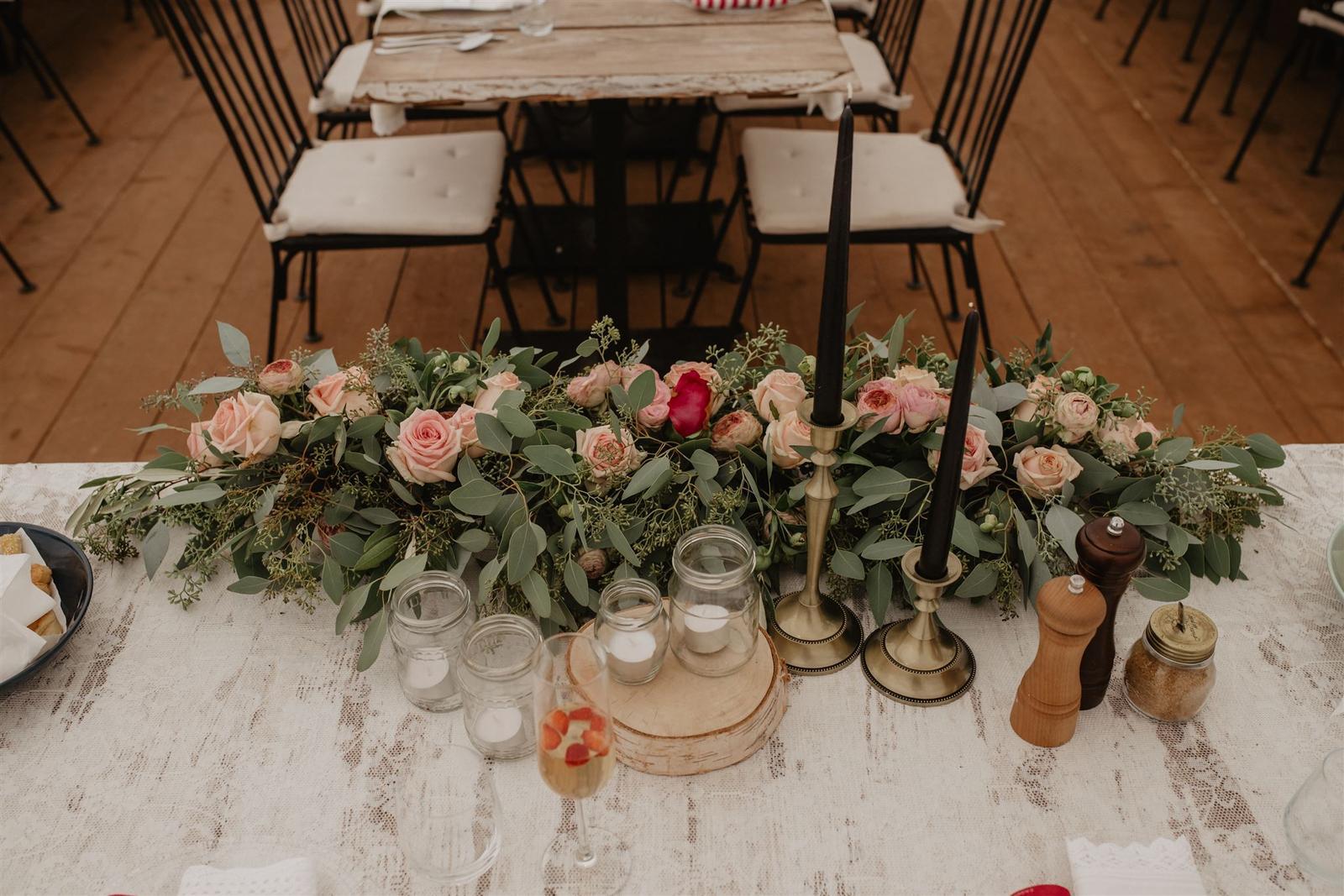 Krásna a romantická svadobná party v záhrade reštaurácie Bistra Dukát - Le Gout v srdci B. Bystrice. - Obrázok č. 6