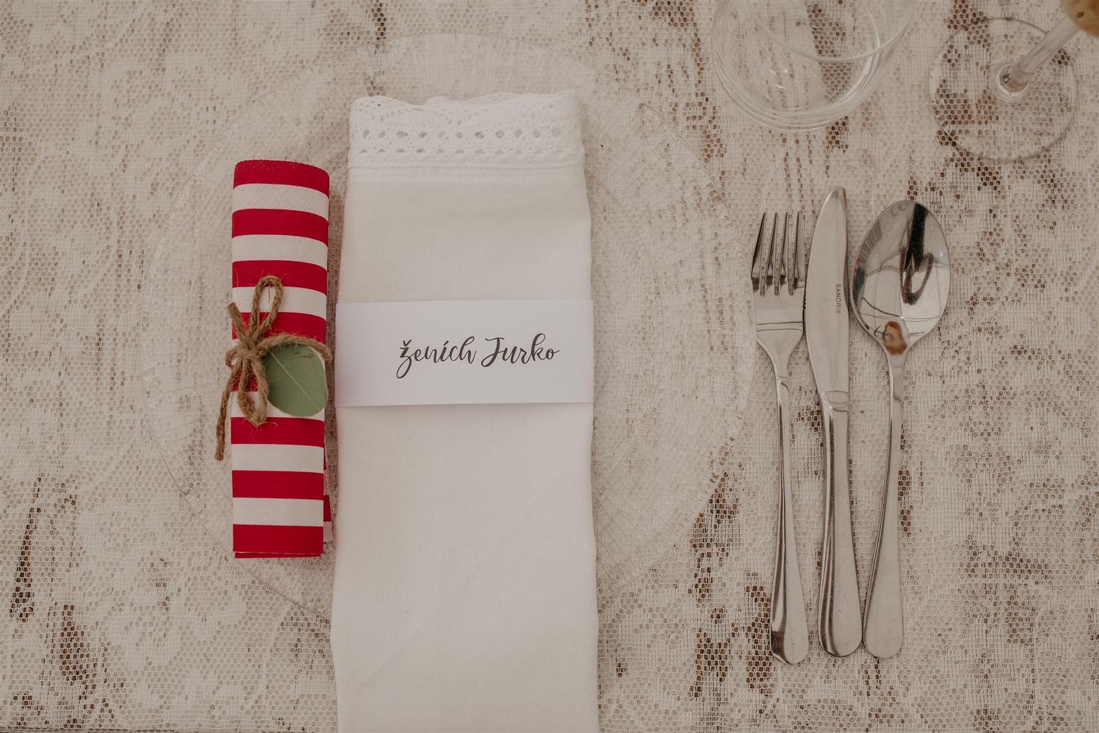 Krásna a romantická svadobná party v záhrade reštaurácie Bistra Dukát - Le Gout v srdci B. Bystrice. - Obrázok č. 8