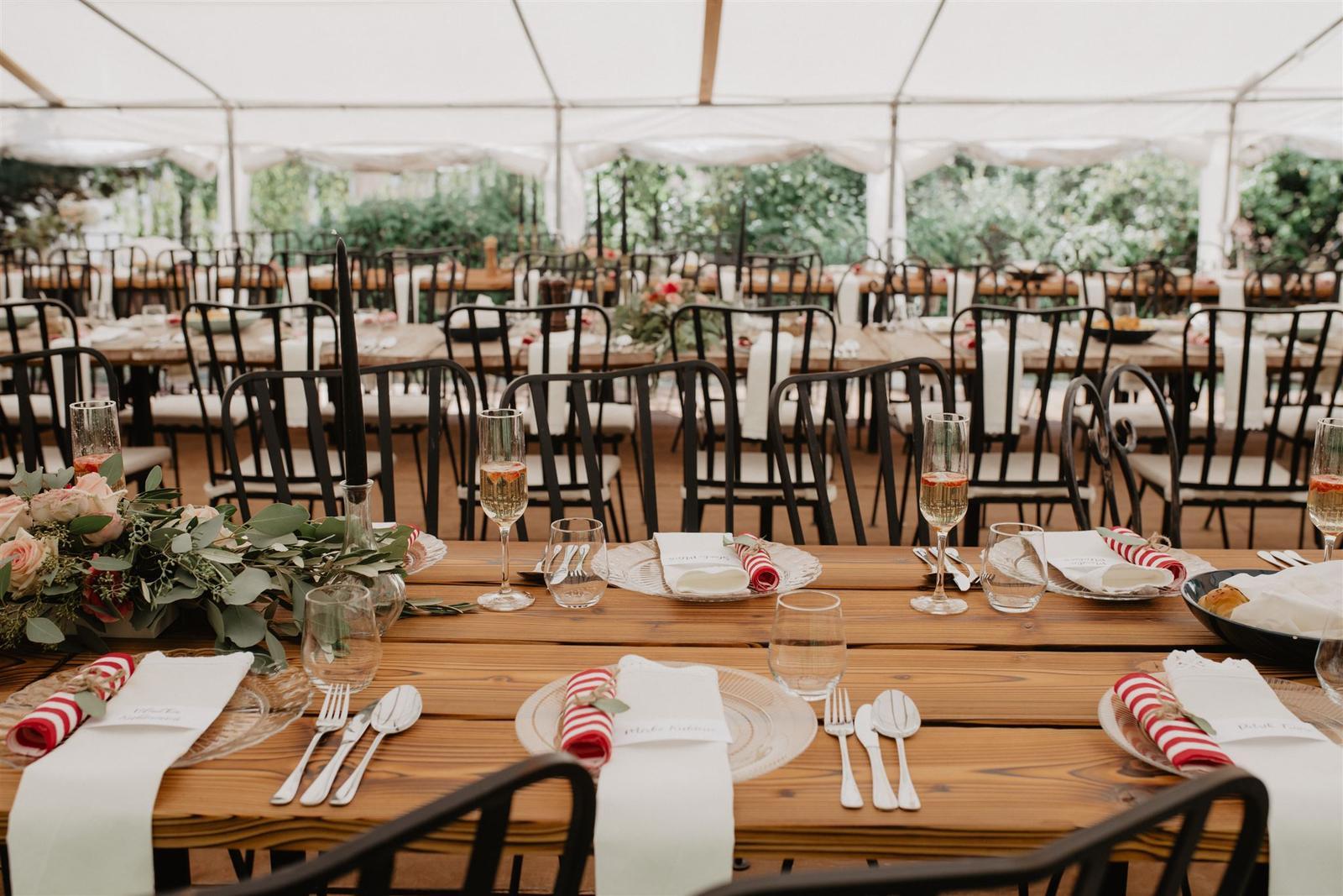 Krásna a romantická svadobná party v záhrade reštaurácie Bistra Dukát - Le Gout v srdci B. Bystrice. - Obrázok č. 12