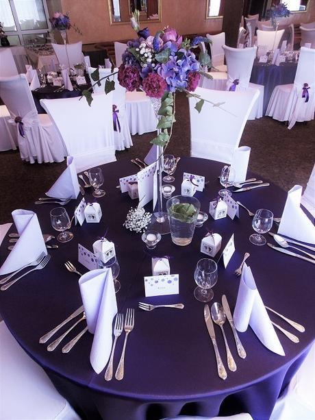 Tmavofialovy obrus na okrúhly stôl - Obrázok č. 4