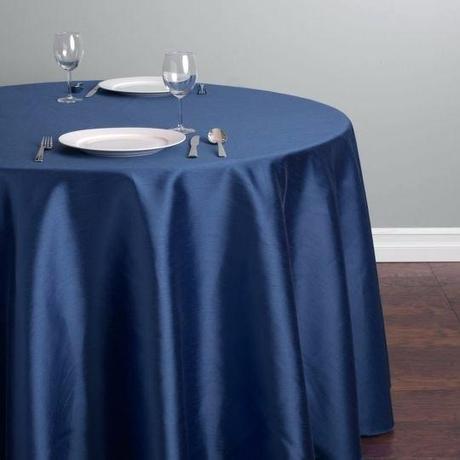 tmavomodrý obrus na okrúhly stôl - Obrázok č. 1