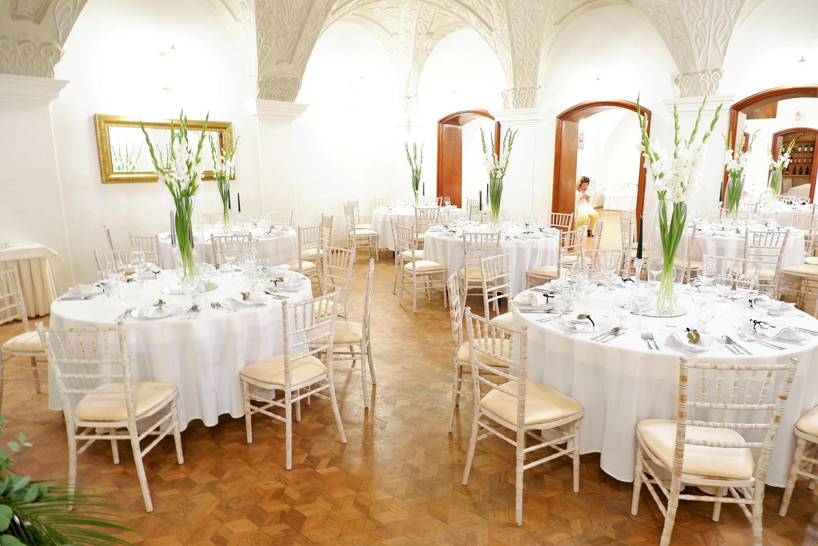 obrus na okrúhly stôl biely 300 cm - Obrázok č. 2