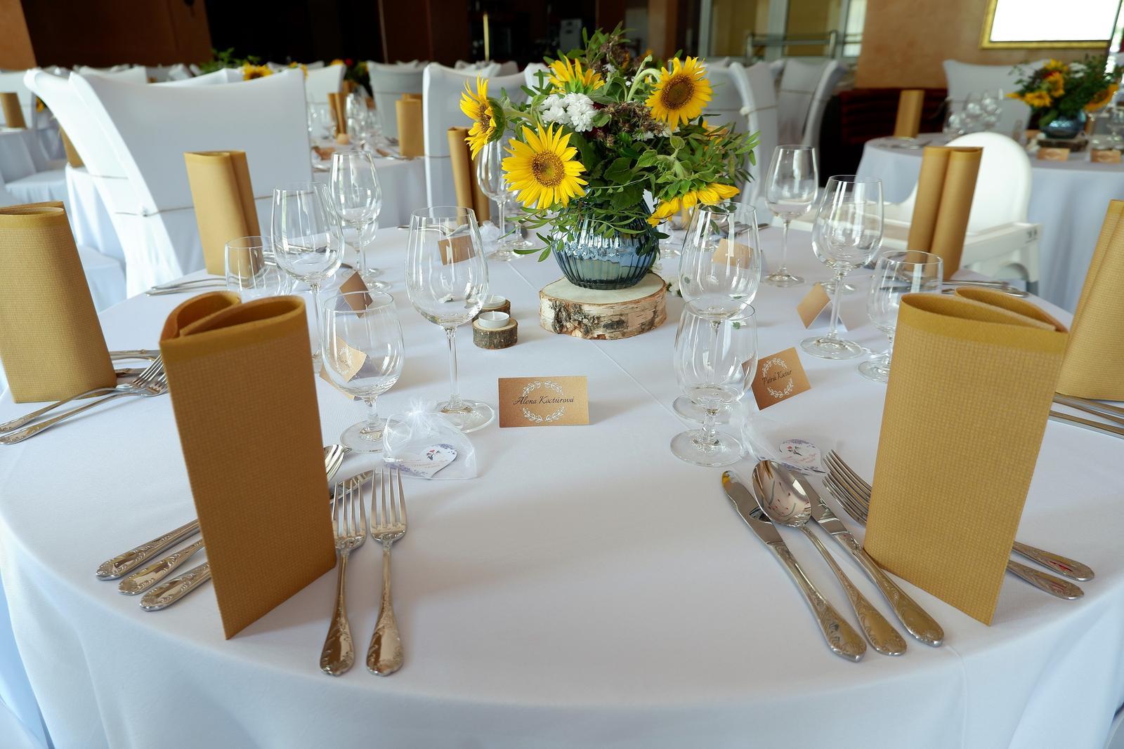 obrus na okrúhly stôl biely 300 cm - Obrázok č. 3