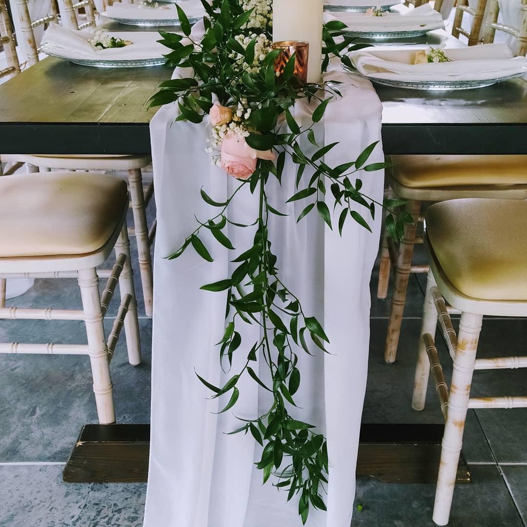 Stále obľúbené sú svadby v štýle greenery - Obrázok č. 4
