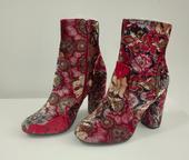 Kotníkové boty s květy, 38