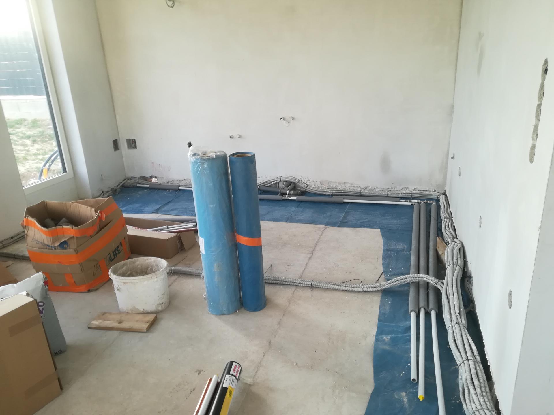 Das Haus - Dokoncuju sa vodoinstalacne prace.
