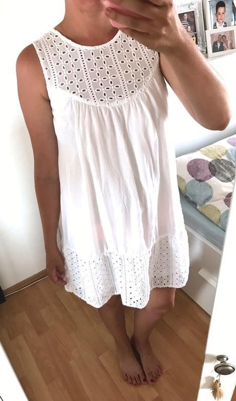 Reserved šaty s ažurou vel.38 - Obrázek č. 1
