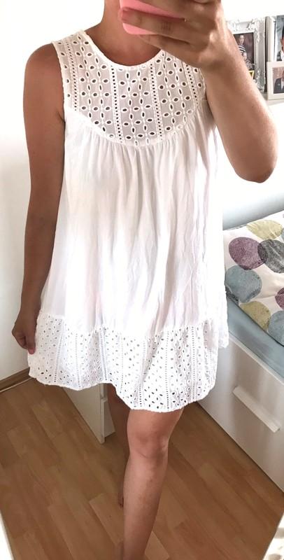 Reserved šaty s ažurou vel.38 - Obrázek č. 2