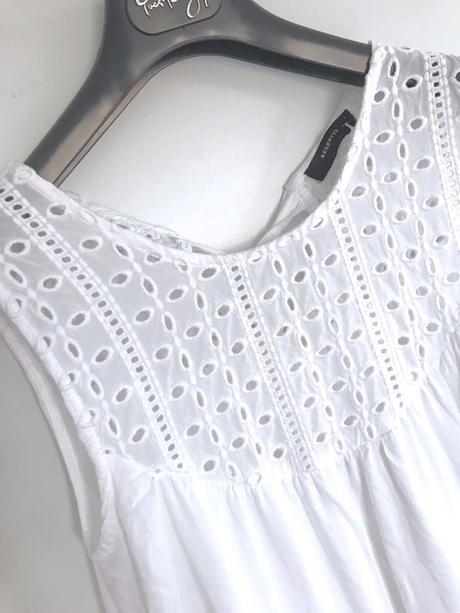 Reserved šaty s ažurou vel.38 - Obrázek č. 4
