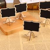 12 ks drevených tabuliek,