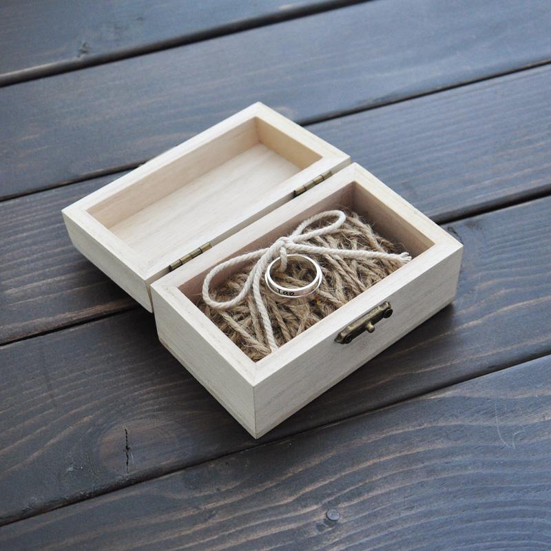 Krabička na obrúčky s menami a dátumom svadby - Obrázok č. 2