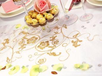 Vzorovaná organza biela so zlatými kvetmi - Obrázok č. 1