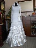 Originální ručně háčkované svatební šaty, 37
