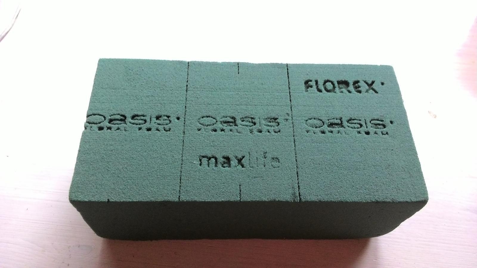 Aranžovací hmota Florex na květiny (pěna) - Obrázek č. 1