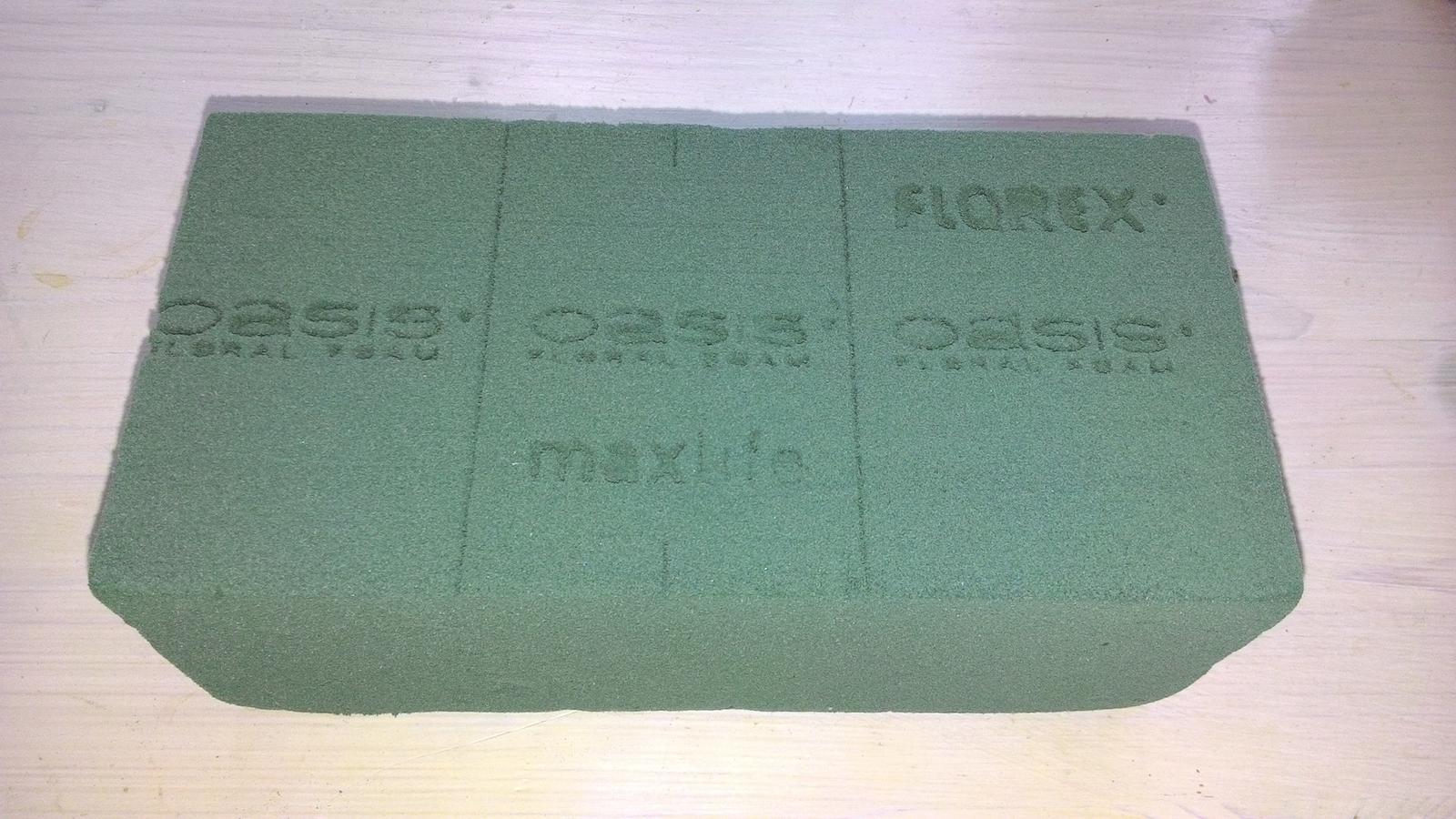 Aranžovací hmota Florex na květiny (pěna) - Obrázek č. 3