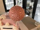 Růžové kytičkové koule,