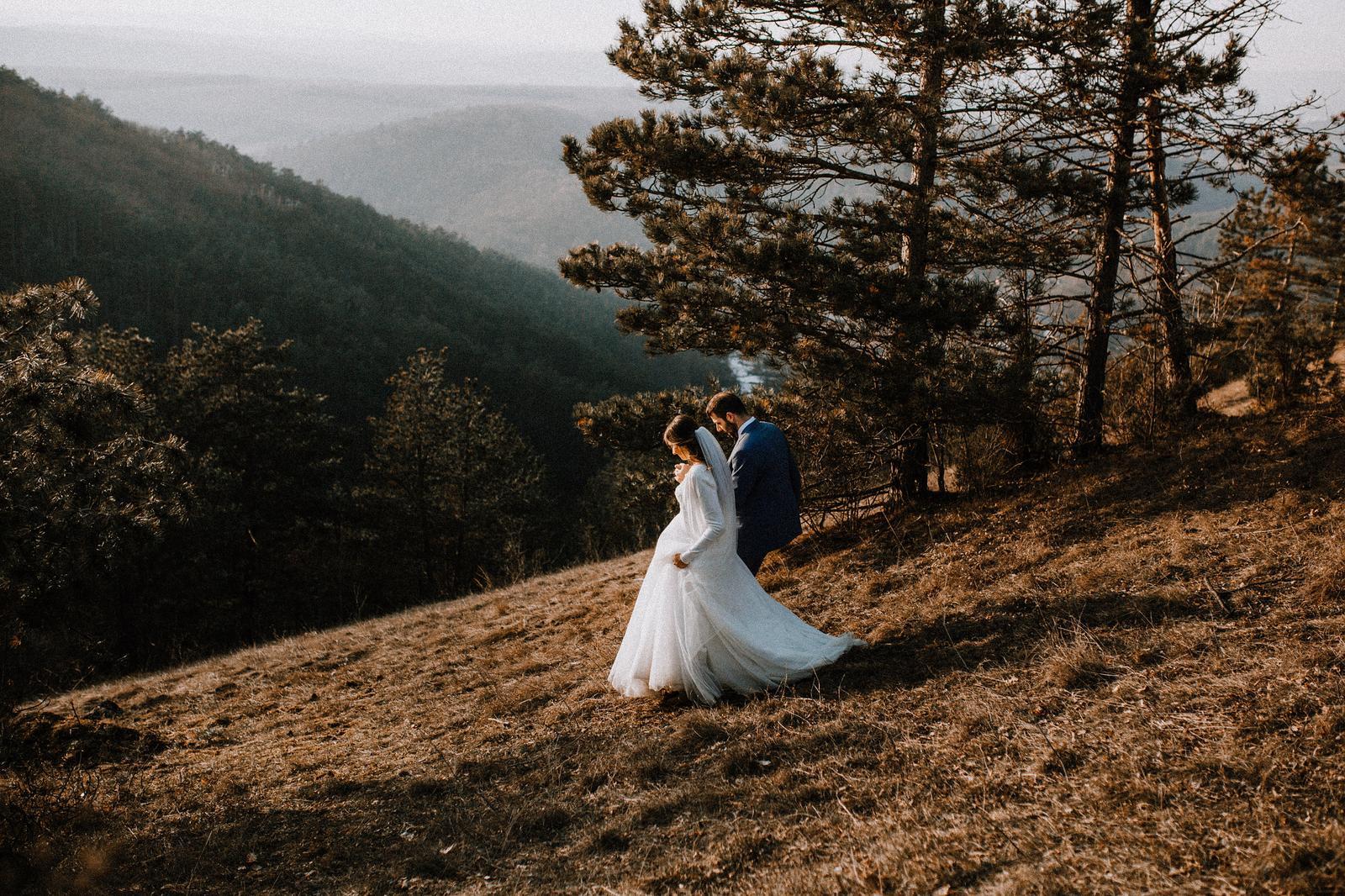 Svadobné šaty na šnúrovanie - Obrázok č. 2