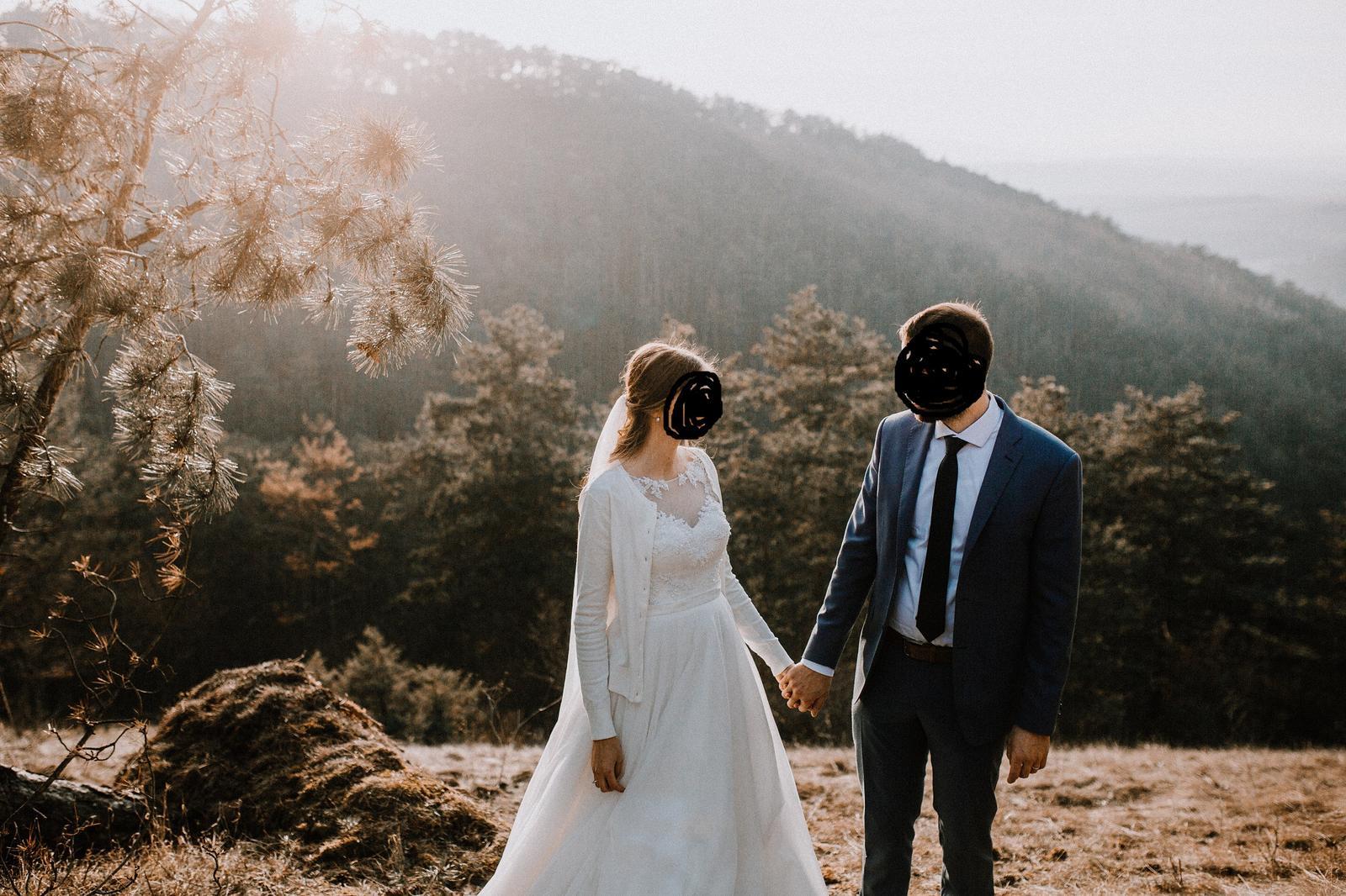 Svadobné šaty na šnúrovanie - Obrázok č. 4