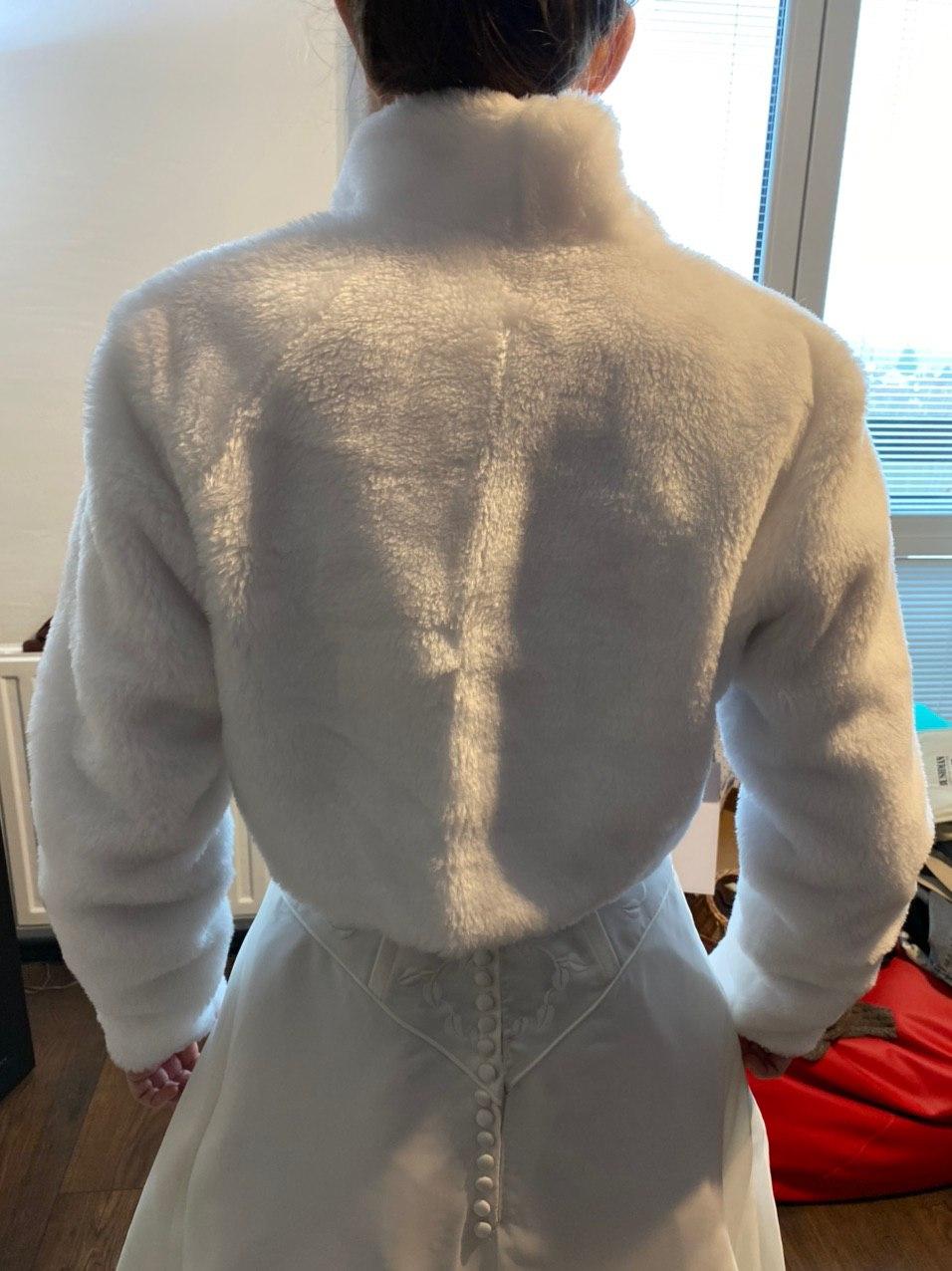 Zimní zateplené bolerko s jemným kožíškem vel. 38 - Obrázek č. 2
