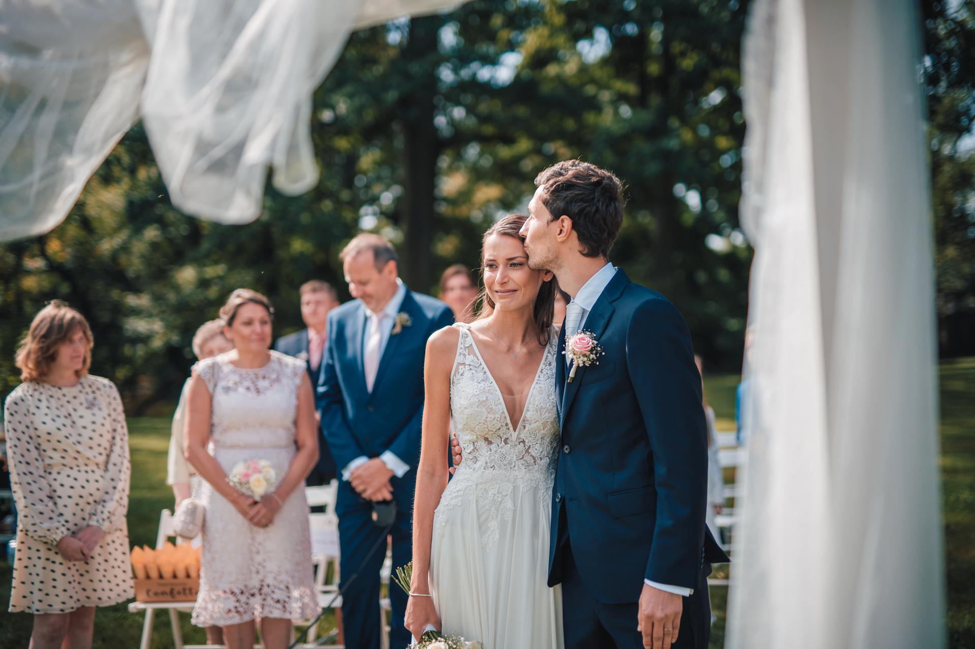 Naše další svatební fotografie - Obrázek č. 5