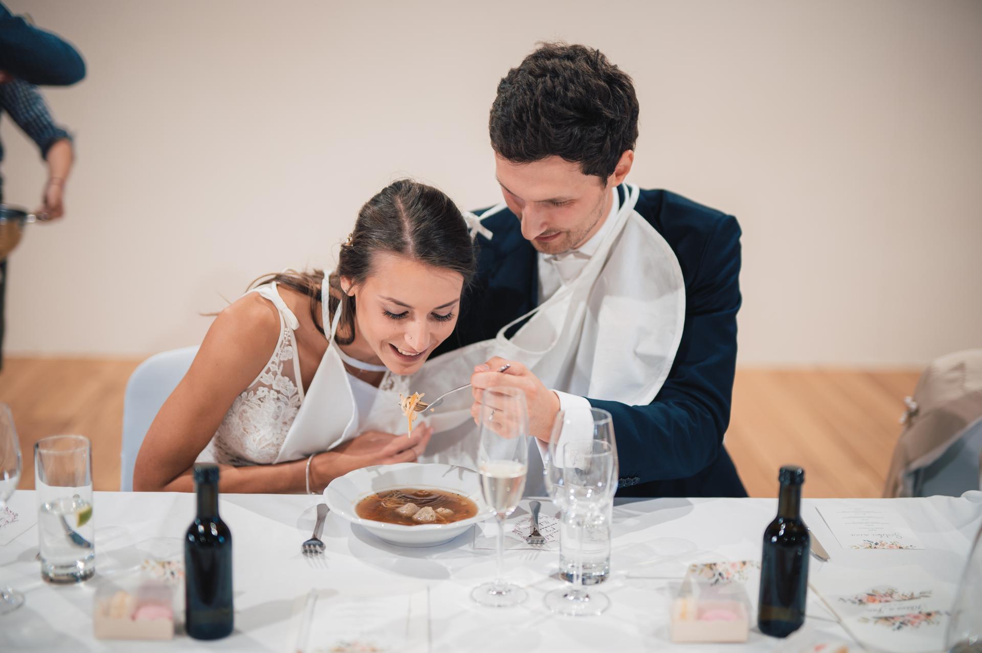 Další fotky z naší svatby - Obrázek č. 22