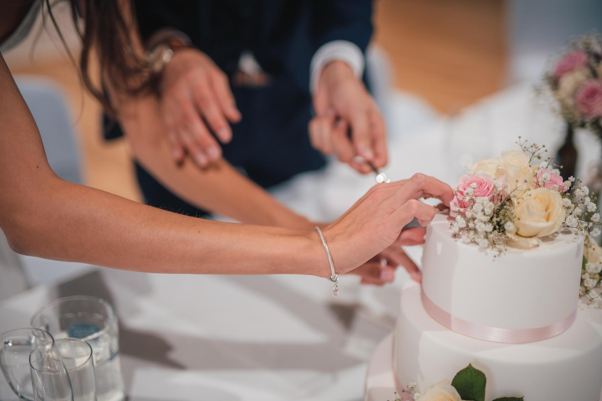 Další fotky z naší svatby - Obrázek č. 27