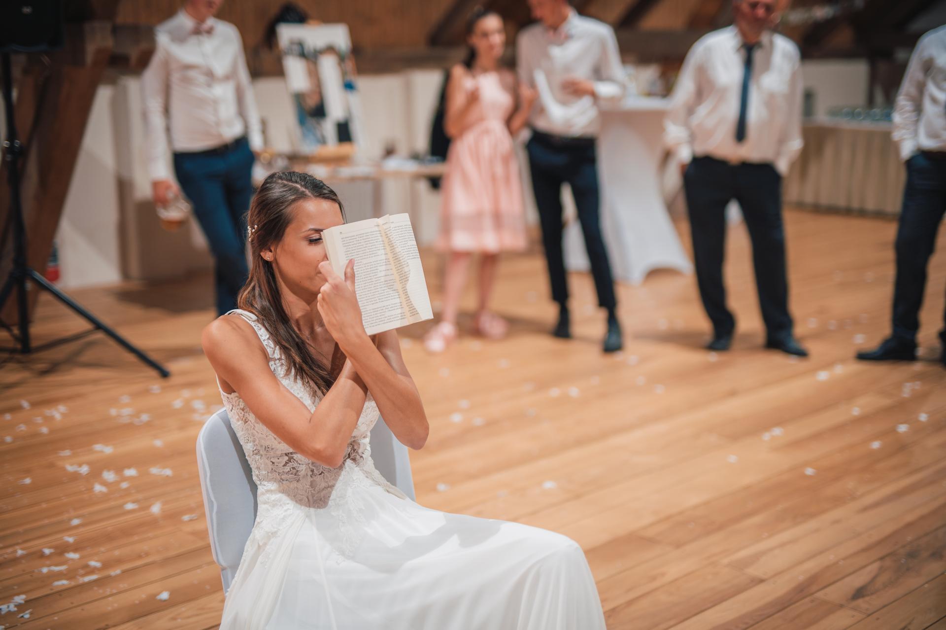 Další fotky z naší svatby - Obrázek č. 36