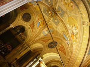 Krásná kaple zámku v Lužanech