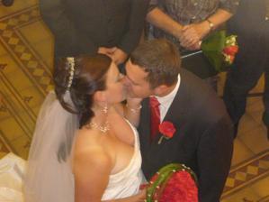 ... políbili ...