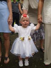 Naše dceruška jako družička - byla úžasná!