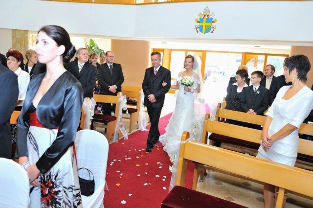 Elena Macková{{_AND_}}Peter Magura - Here comes the bride