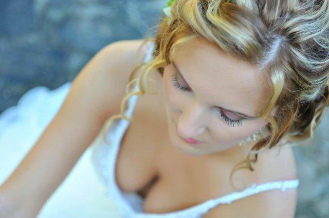 Elena Macková{{_AND_}}Peter Magura - Tu vraj fotograf fotil make-up-alebo možno výstrih? :-)